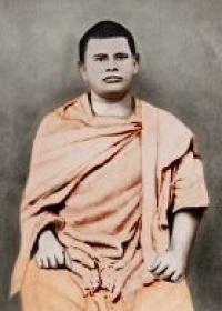 Swami Trigunatitananda